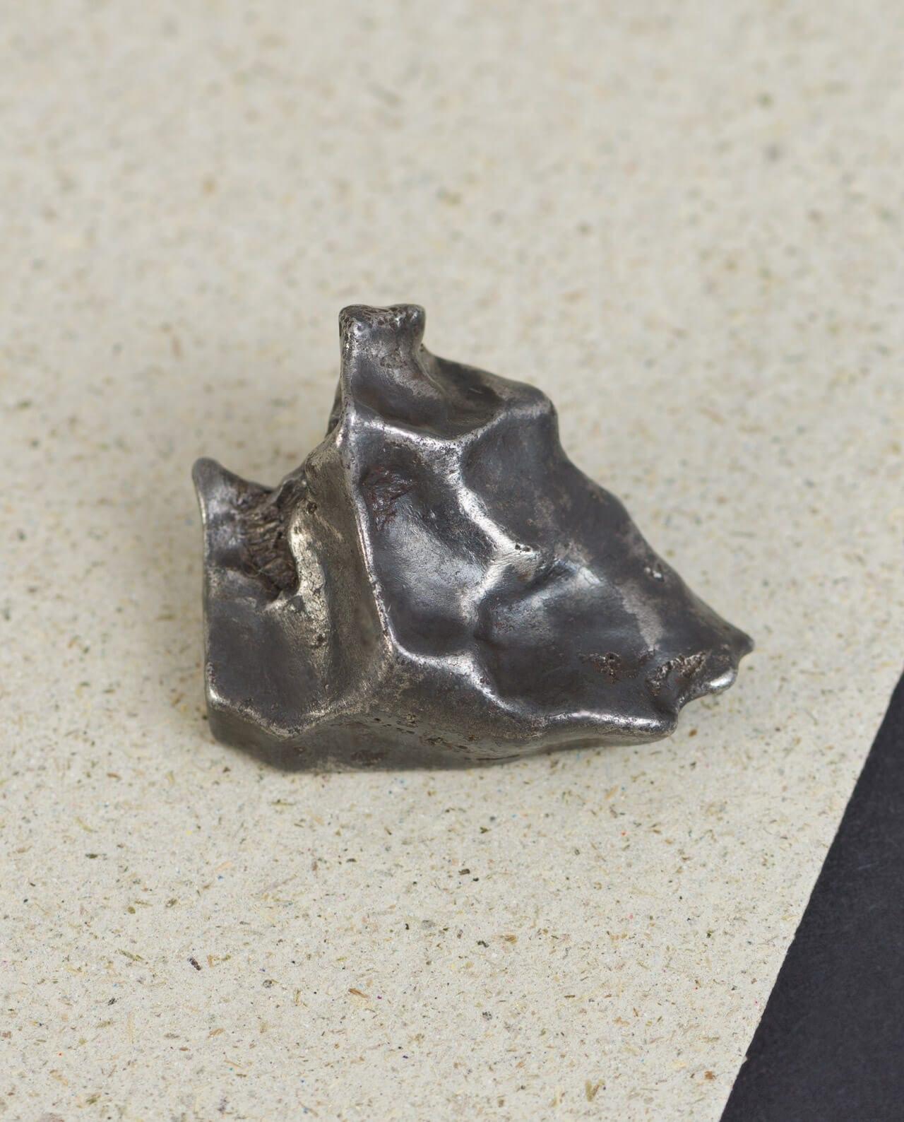 CONLIGHT Silkhote Alin Eisen Meteorit