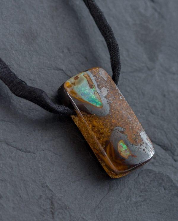 CONLIGHT Boulder-Opal Anhaenger aus Queensland