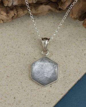 CONLIGHT Meteorit Anheanger Muonionalusta hexagon