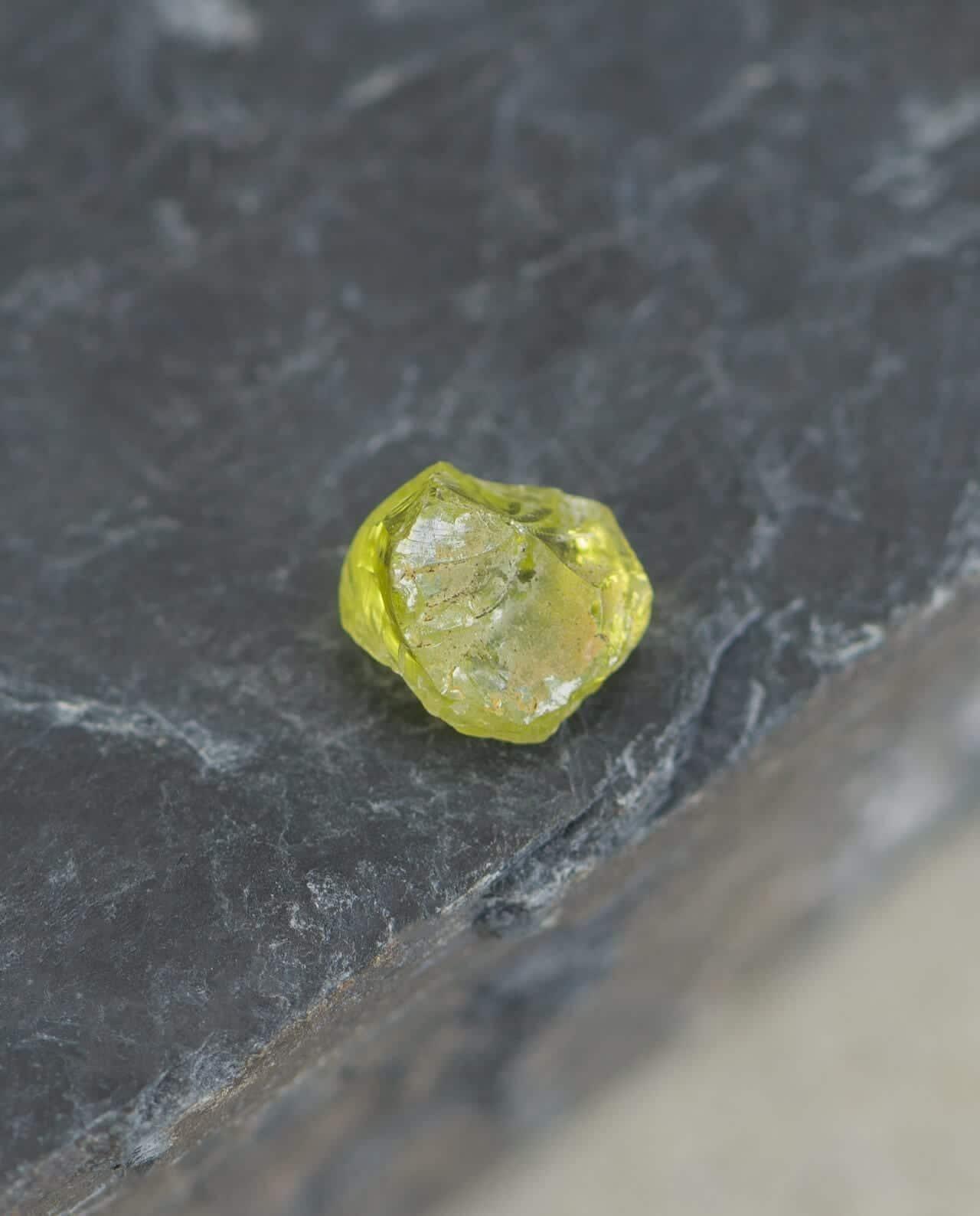 CONLIGHT Meteorit Jepara Peridot Kristall Pallasit Palavin